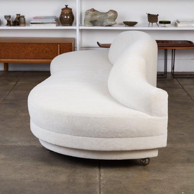 1950s California Modern Serpentine Alpaca Sofa For Sale - Image 5 of 9