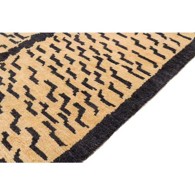 """Tibetan Tiger Rug by Carini-2'11'x5'11"""" For Sale - Image 4 of 7"""