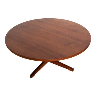 Mid-Century Danish Modern Solid Teak Wood Round Coffee Table For Sale