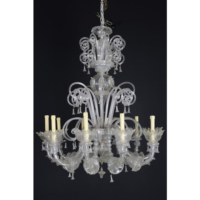 Transparent 1900s Italian Murano Glass 10-Light Chandelier For Sale - Image 8 of 11