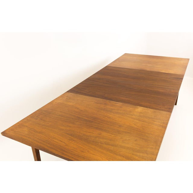 Mid-Century Modern Mid Century Modern Dillingham Espirit Dining Table For Sale - Image 3 of 13