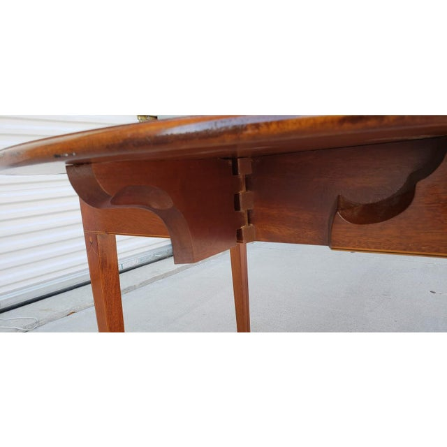 1950s Mid-Century Modern Biggs Mahogany Pembroke Drop Leaf Side Table For Sale - Image 11 of 13