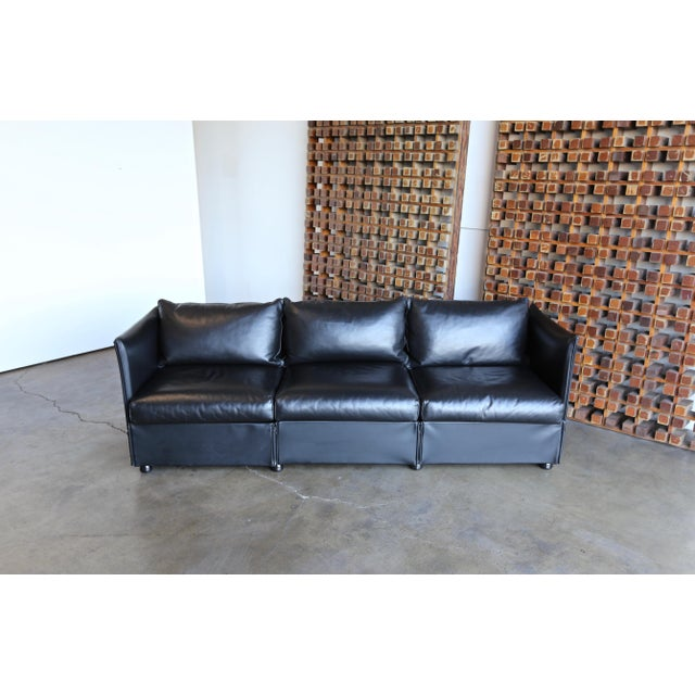 Modern 1980s Vintage Leather Landeau Sofa by Mario Bellini for Cassina For Sale - Image 3 of 12
