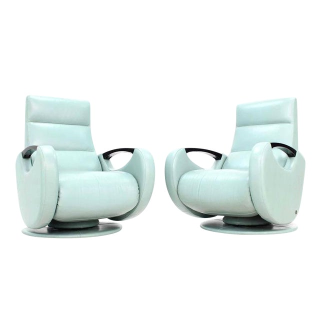 Pair of Mid-Century Modern Leather Recliner Lounge Chairs For Sale