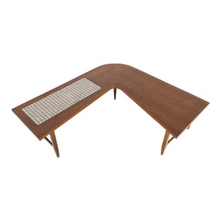 1960s Mid-Century Modern Lane Boomerang Walnut and Mosaic Coffee Table For Sale