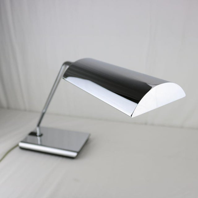 Koch & Lowy Chrome Articulated Desk Lamp 1970's - Image 3 of 11