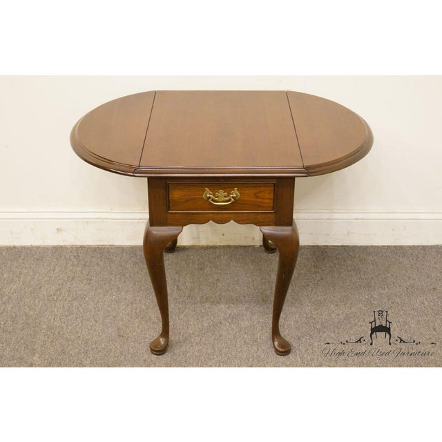 20th Century Queen Anne Cherry Wood Drop-Leaf End Table For Sale In Kansas City - Image 6 of 13