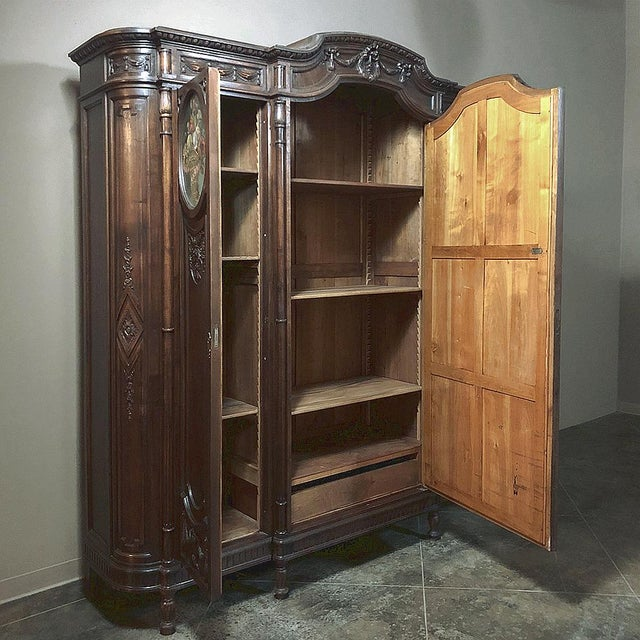19th Century Italian Walnut Louis XVI Triple Armoire For Sale In Dallas - Image 6 of 13
