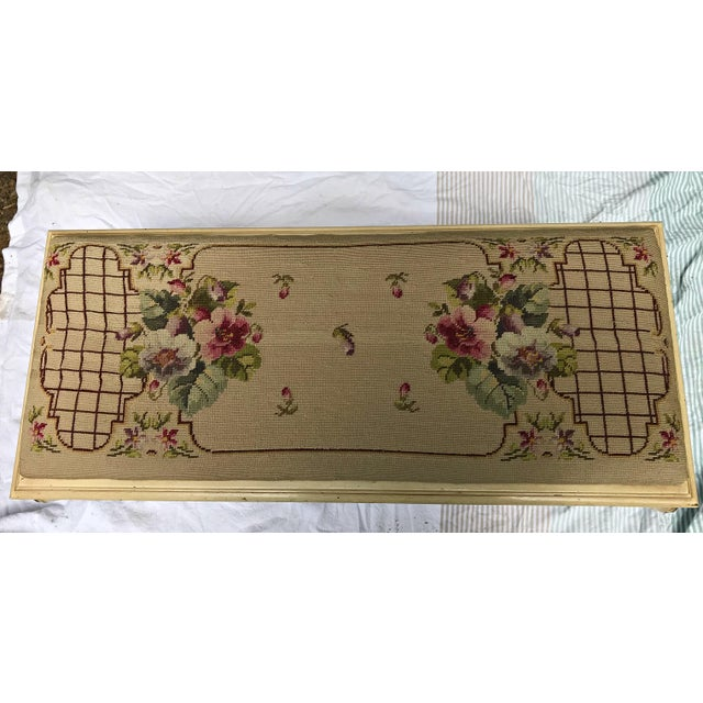 Natural Fiber Vintage French Provincial Bench with Needlepoint Fabric For Sale - Image 7 of 9