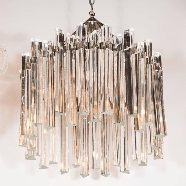 Mid-Century Modern Sophisticated Mid-Century Single-Tier Stepped Triedre Chandelier by Camer For Sale - Image 3 of 9