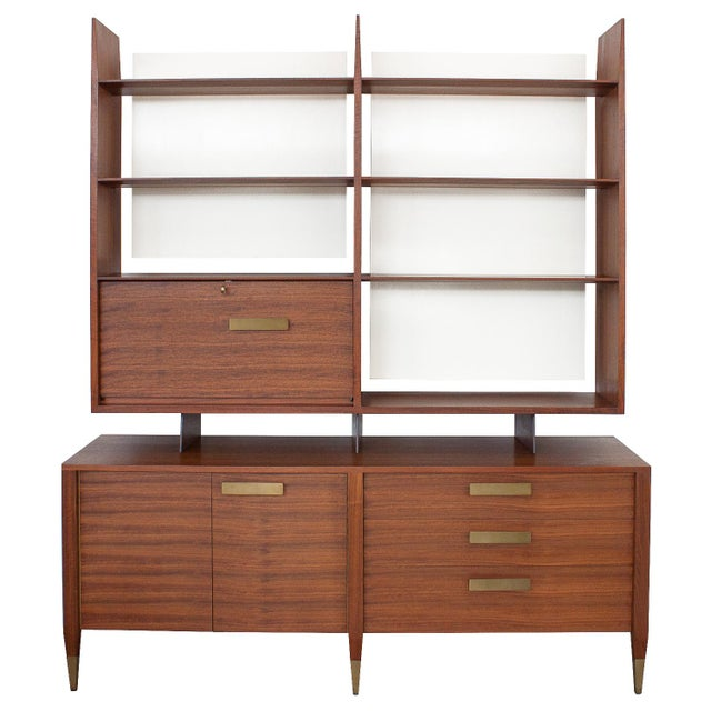 Gio Ponti for Singer & Sons Model 4120 Walnut Display Cabinet - Image 11 of 11