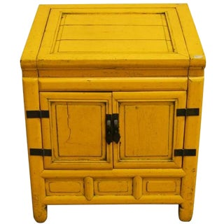 19th Century Chinese Yellow Lacquer Cabinet with Brass Hardware and Hinged Top For Sale