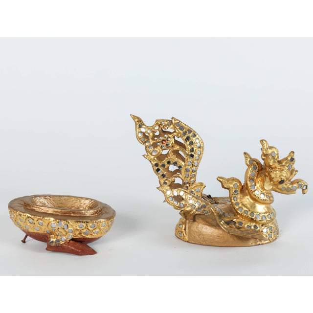 Early 20th Century Set of Three Hintha Burmese Bird-Shaped Betel Gold Lacquered Box For Sale - Image 5 of 12