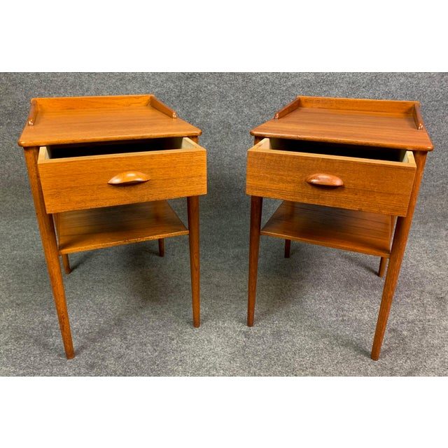 Pair of Vintage Danish Mid Century Modern Teak Side Tables by Erik Andersson For Sale - Image 4 of 10