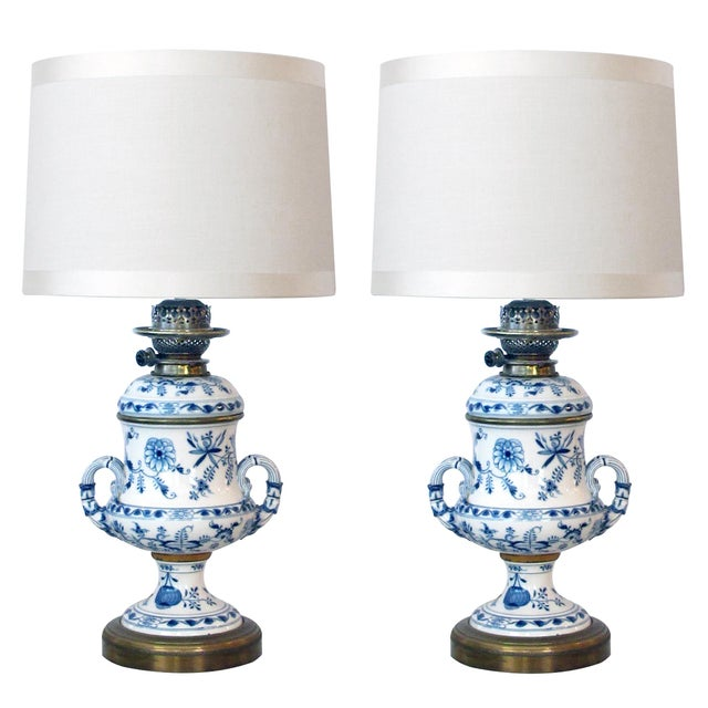 Meissen Blue Onion Pattern Oil Lamps by Whiteley's Dept. Store, London - a Pair For Sale - Image 10 of 10