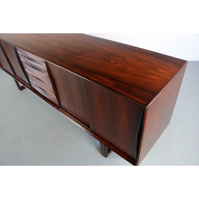 Arne Vodder Danish Rosewood Credenza With Sled Legs by Arne Vodder, 1960s For Sale - Image 4 of 10