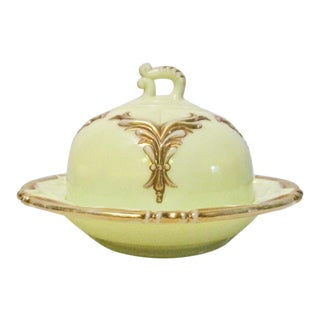 Antique Heisey #1280 Winged Scroll Dome Butter Dish in Ivorina Verde For Sale