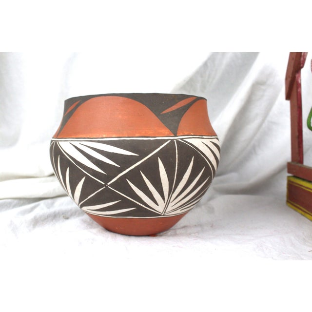 Ceramic Vintage Mid-Century Acoma Pot For Sale - Image 7 of 7