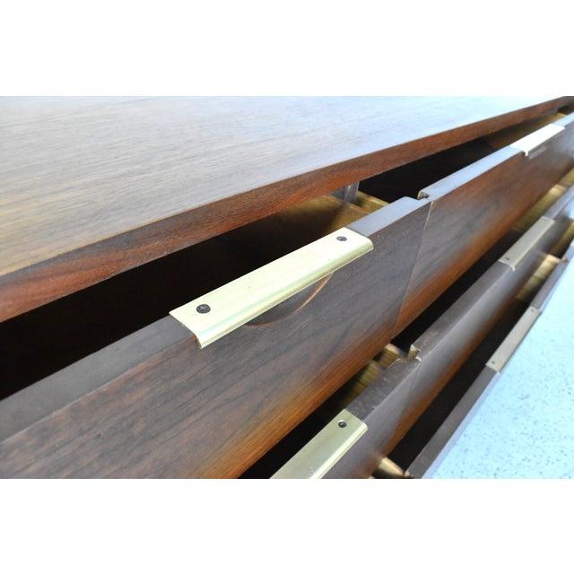 Kent Coffey 'The Tableau' Triple Dresser - Image 7 of 9