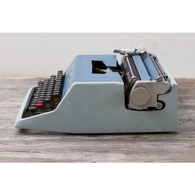 Vintage Underwood 21 Typewriter For Sale - Image 4 of 9