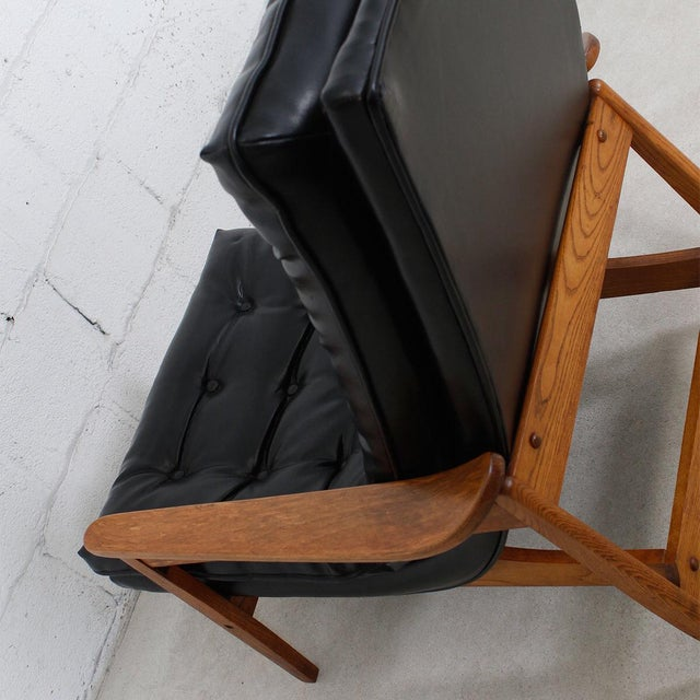 Mid-Century Modern Tufted Lounge Chair With Ottoman - Image 7 of 10