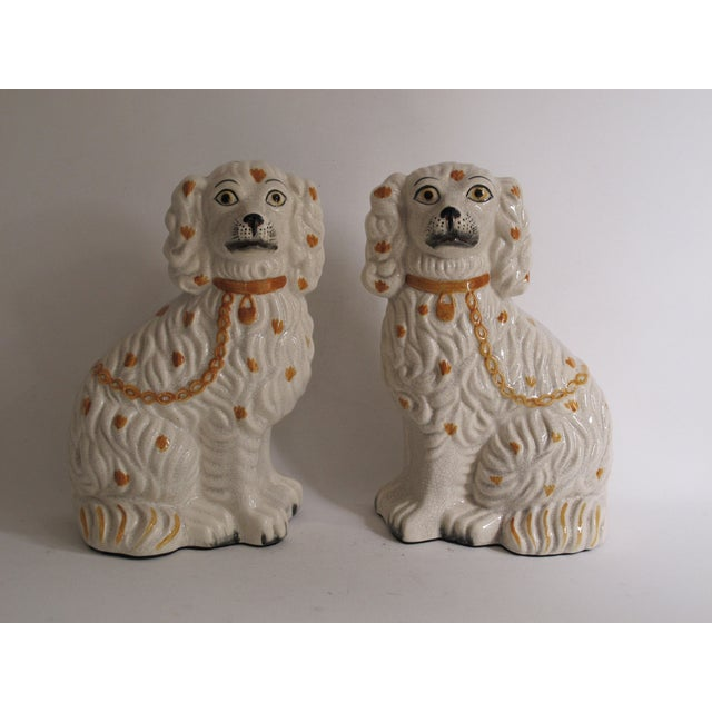 English Traditional Staffordshire Dog Figurines - A Pair For Sale - Image 3 of 9
