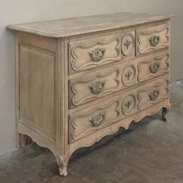 18th Century Country French Stripped Oak Provincial Commode For Sale - Image 4 of 13