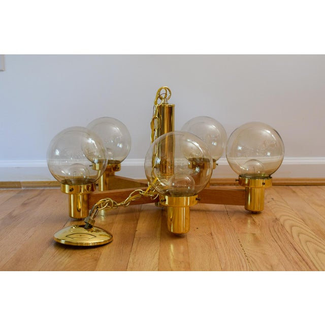 Mid Century 5 Arm Wood and Brass Chandelier With Globe Bulbs For Sale - Image 11 of 11