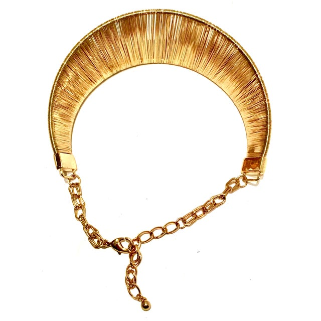 Gold 1980's Modernist Napier Style Gold Plate Wire Collar Choker Necklace For Sale - Image 7 of 10