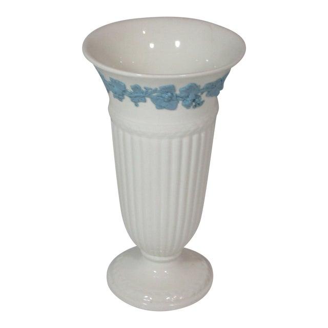 Vintage Wedgwood Queens Ware Vase For Sale