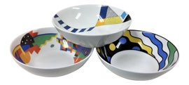 Image of Memphis Dinnerware