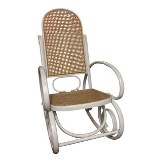 Bentwood Rocking Chair In The Style of Michael Thonet