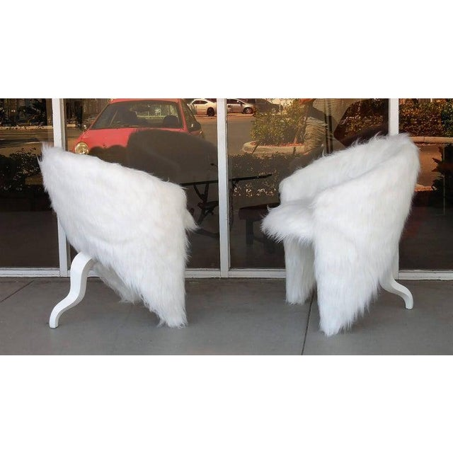 1980s Pair of White Surreal Faux Fur Lounge Chairs For Sale - Image 5 of 8