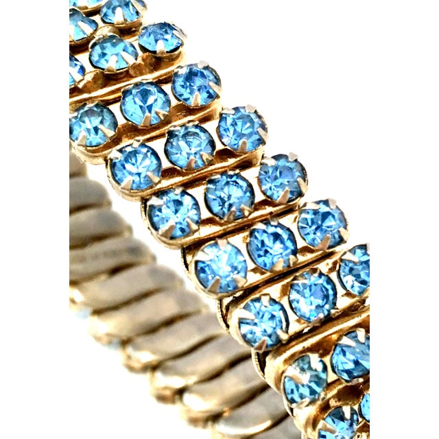 1960s 1960's Gold & Sapphire Blue Crystal Rhinestone Expansion Link Bracelet For Sale - Image 5 of 9