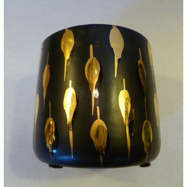 1960s 1960s Italian Mid-Century Modern Pottery Vessels in Gold and Black Design - a Pair For Sale - Image 5 of 9