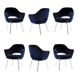 Saarinen Executive Arm Chairs in Navy Velvet - Set of 6 For Sale