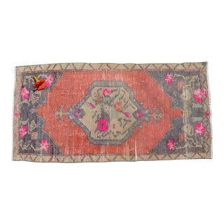 Front of Bath Sink Rug Hand Made Kitchen Mat Faded Mini Rug Laundry Decor - 1′8″ × 3′5″ For Sale