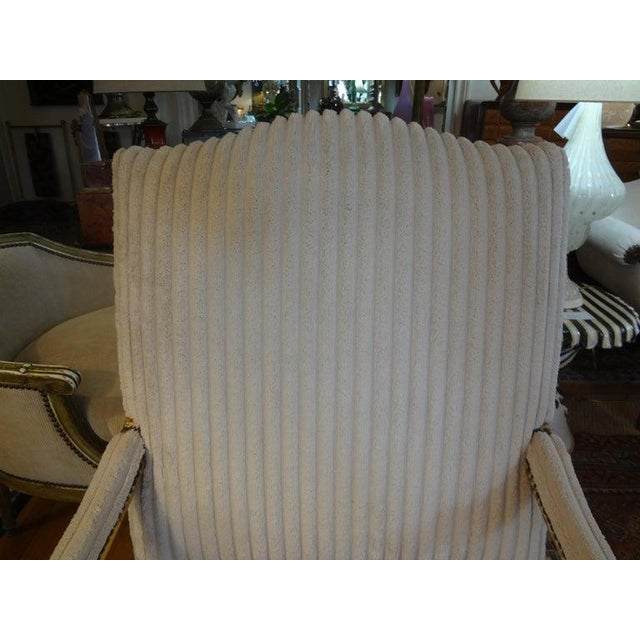 18th Century French Régence Giltwood Chair For Sale - Image 11 of 13