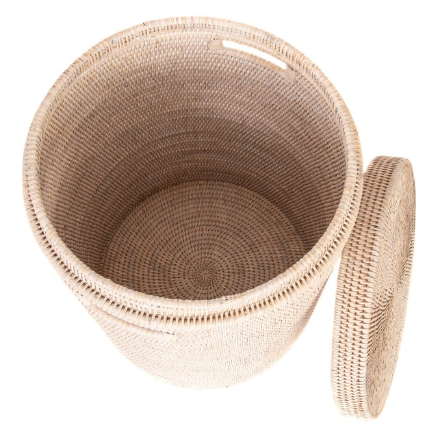 Artifacts Rattan Round Hamper with Cotton Liner For Sale - Image 4 of 7
