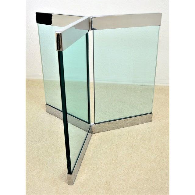 Transparent 1970s Leon Rosen for Pace Pedestal Base- Mid Century Modern MCM Chrome Glass Art Deco Minimalist For Sale - Image 8 of 8