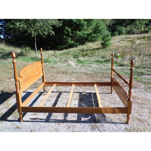 Baumritter Vintage Ethan Allen Baumritter Early American Maple Full Double Poster Bed For Sale - Image 4 of 12