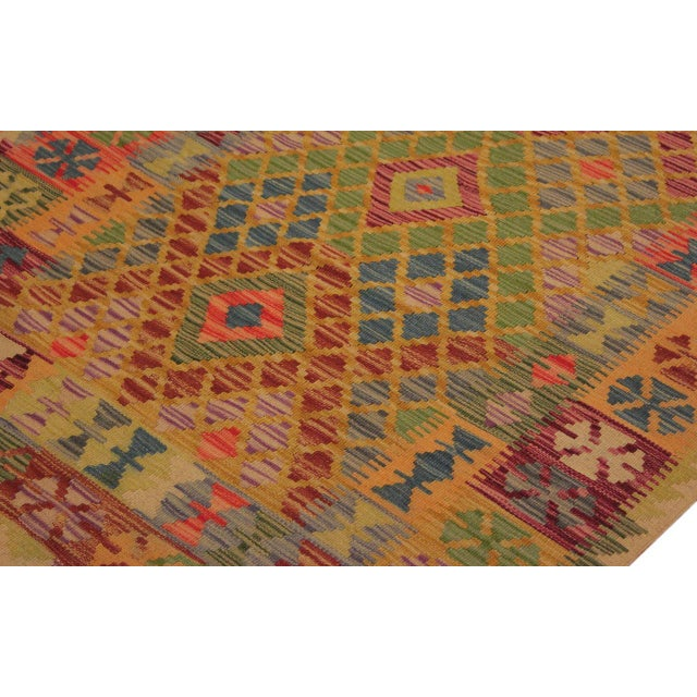 1990s Contemporary Tribal Lesli Beige/Gold Hand-Woven Kilim Wool Rug -3'6 X 6'9 For Sale - Image 5 of 8