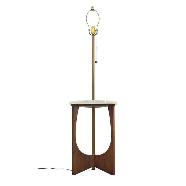 Early 20th Century Walnut Base Marble-Top Table Lamp For Sale - Image 5 of 7