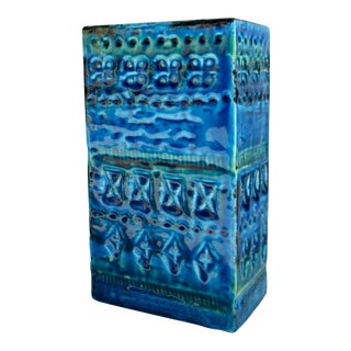 C1960s Mid-Century Italian Aldo Londi for Bittossi Ceramic Glazed Cerulean Blue Rectangular Vase For Sale
