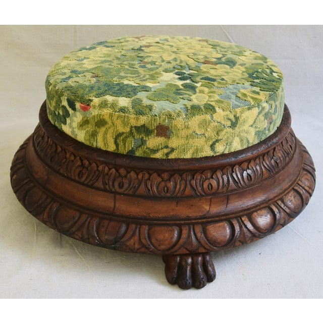 English Traditional Early Carved 1900s Foot Stool w/ Scalamandre Marly Velvet Fabric For Sale - Image 3 of 11