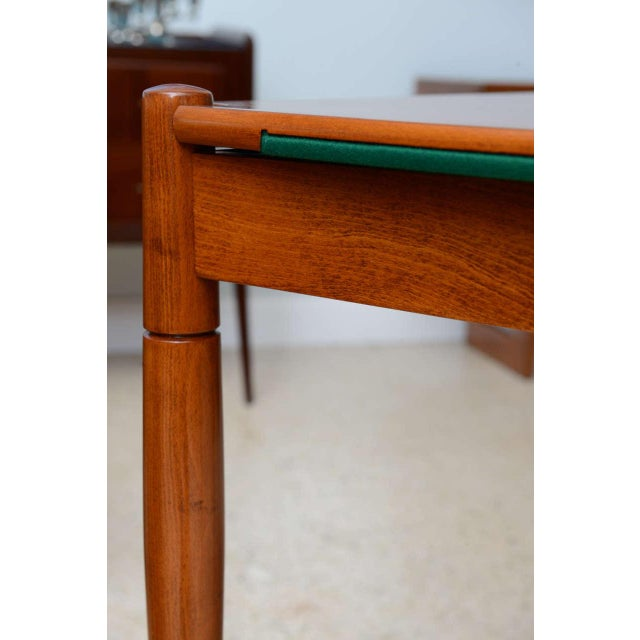 1960s Italian Modern Walnut Game Table by Gio Ponti for Singer & Sons For Sale - Image 5 of 11