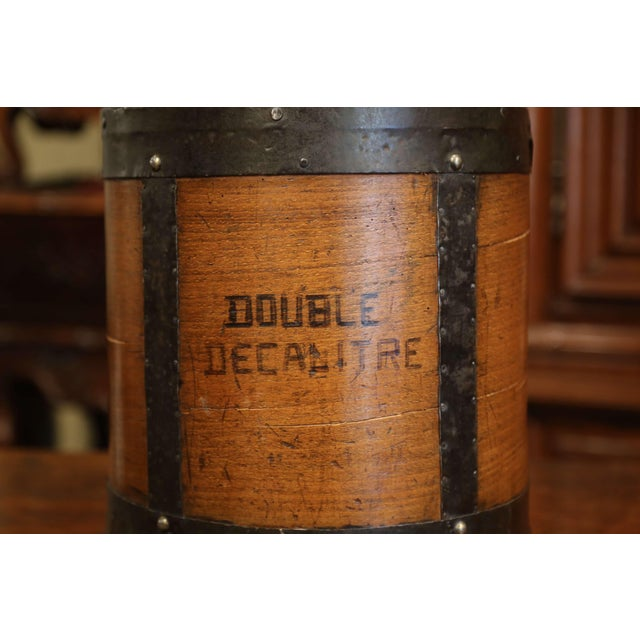 Mid-19th Century French Walnut and Iron Grain Measure Basket With Inside Handle For Sale In Dallas - Image 6 of 11