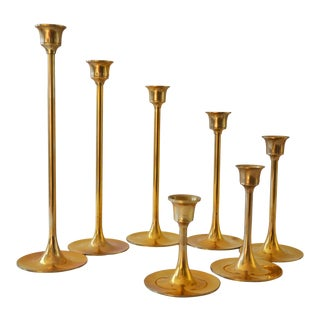 Vintage Graduated Brass Candlestick Holders - Set of 7 For Sale