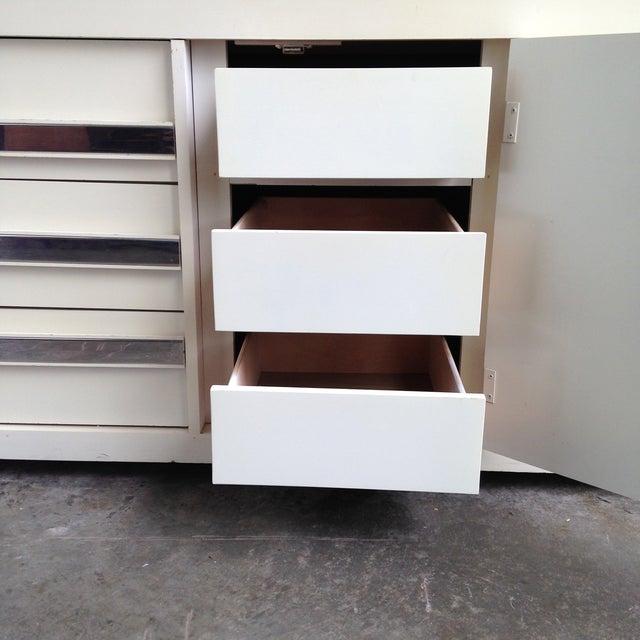 Vintage Chrome & White Lacquered Dresser - Image 5 of 5