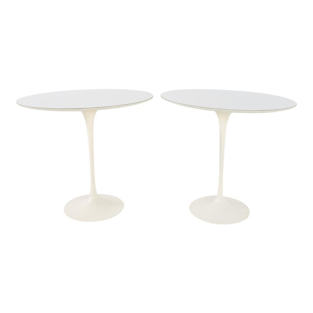 1960s Mid Century Modern Eero Saarinen for Knoll Oval Tulip Side Tables - a Pair For Sale